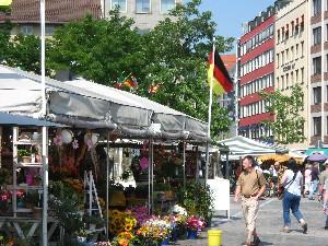 ヴィクトアリエン市場の花屋さん